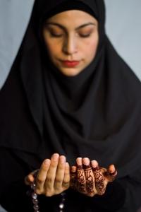 Iman-prayer-12