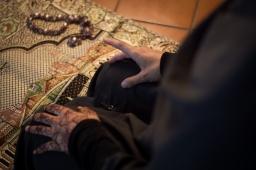 Iman-prayer-21