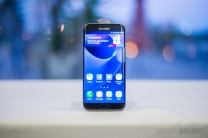 Samsung-Galaxy-S7-Edge-16