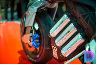 Yamaha-Motoroid-9